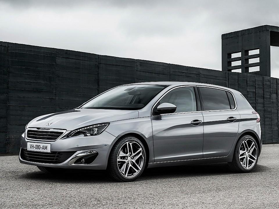 بيجو 308 2014-fresh-2014-peugeot-308-photos-leaked-shed-new-light-on-french-compact-photo-gallery-720p-5