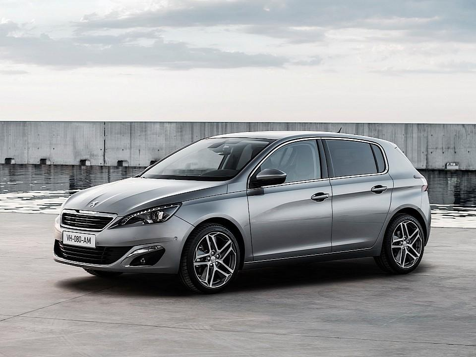 بيجو 308 2014-fresh-2014-peugeot-308-photos-leaked-shed-new-light-on-french-compact-photo-gallery-720p-3