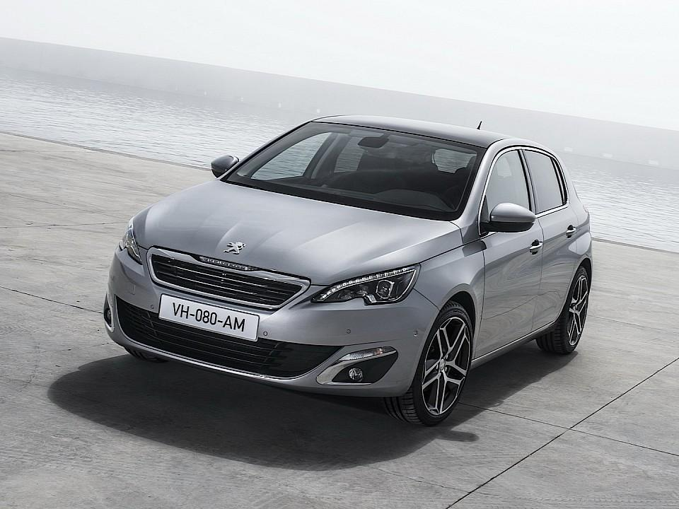 بيجو 308 2014-fresh-2014-peugeot-308-photos-leaked-shed-new-light-on-french-compact-photo-gallery-720p-2