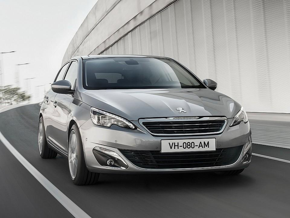 بيجو 308 2014-fresh-2014-peugeot-308-photos-leaked-shed-new-light-on-french-compact-photo-gallery-720p-14