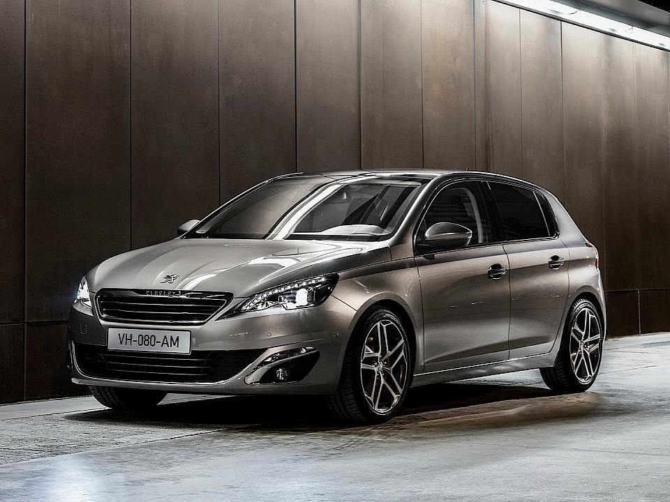 بيجو 308 2014-fresh-2014-peugeot-308-photos-leaked-shed-new-light-on-french-compact-photo-gallery-720p-13