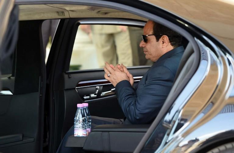 شاهد بالصور سيارات رؤساء مصر من عبد الناصر للسيسى 14 10/2/2015 - 12:01 ص
