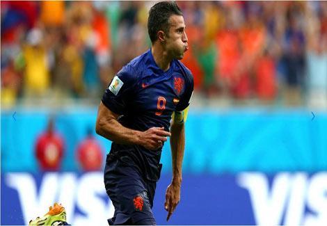 بالصور والفيديو- سقوط بطل العالم.. هولندا تكتسح إسبانيا وتثأر لنهائي 2010 بخماسية-1-(3)