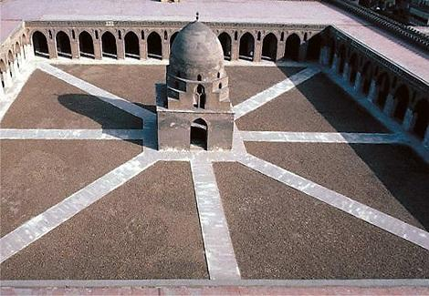 بالصور..مسجد أحمد بن طولون بالقاهرة-ahmed (1)