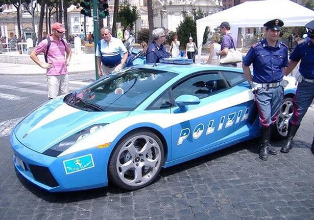 بالصور: أجمل وأغلى سيارات شرطة في العالم 2 20/1/2015 - 1:18 ص