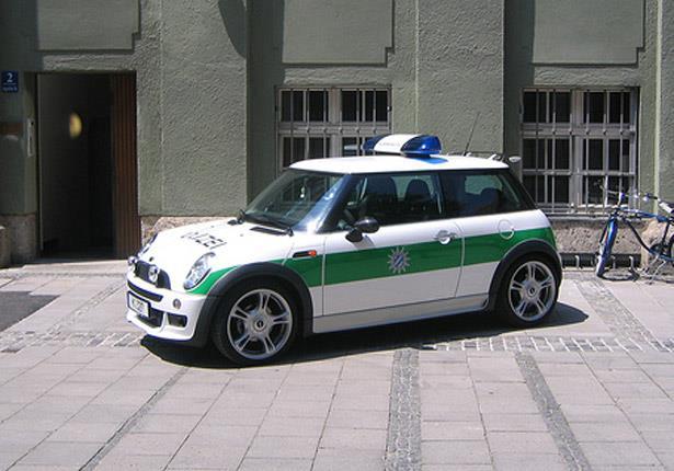 بالصور: أجمل وأغلى سيارات شرطة في العالم 7 20/1/2015 - 1:18 ص