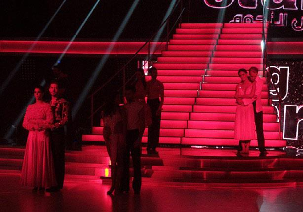 """ملكة جمال أمريكا توّدع """"رقص النجوم"""" وعاصي الحلاني يحيي النهائيات"""