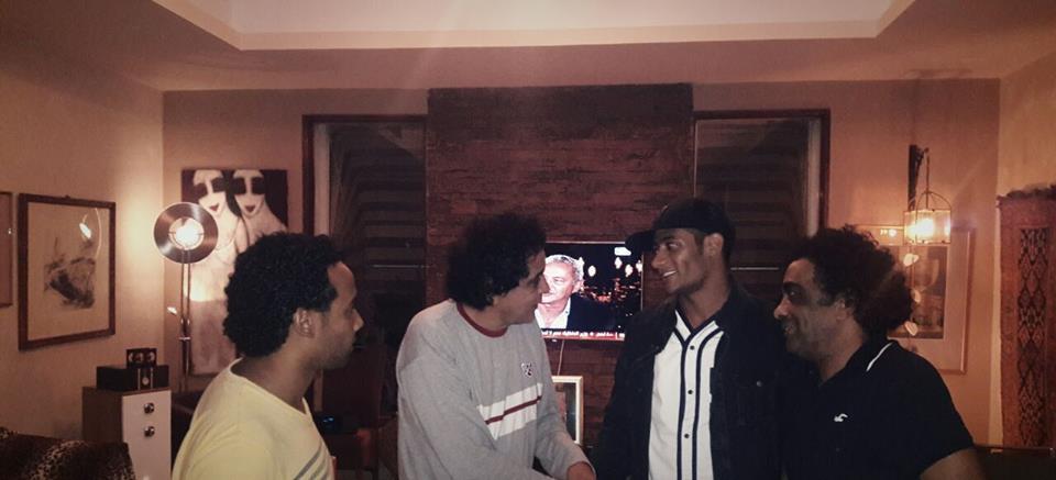 بالصور لقاء غريب يجمع بين محمد رمضان والكينج منير فى منزله شاهد بالصور 2 26/10/2016 - 2:46 م