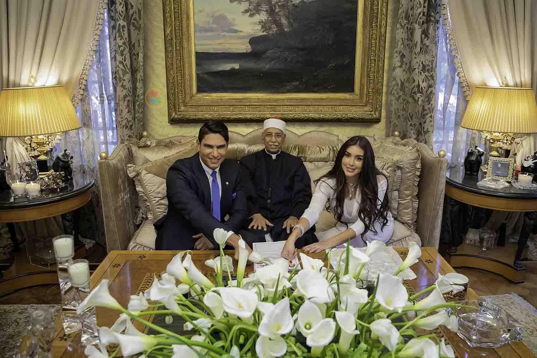 صور جديدة من عقد قرآن أبوهشيمة على ياسمين صبري .. وإطلالة رائعة بالفستان الأبيض 4