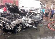 بالصور - تفحم سيارة بعد اشتعال النار بها بطريق حوش عيسى بالبحيرة