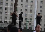 """بالصور.. الأمن يلقي القبض على حملة الماجستير والدكتوراه.. والمقبوض عليهم """"إلحقونا"""""""