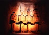 فعاليات فنية وثقافية مصرية بمناسبة تعامد الشمس على معبد أبوسمبل