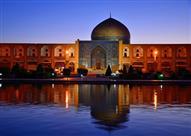 """بالفيديو والصور.. """"مسجد الشيخ لطف الله"""" تحفة معمارية وقيمة دينية"""