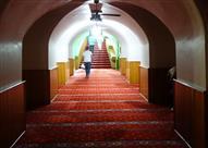 """بالصور.. مسجد """"تحت الأرض"""" من أغرب مساجد إسطنبول"""