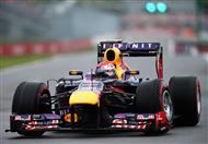 في فورمولا1.. فيتيل يقود سيارة فيراري للمرة الأولى!