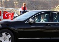 بالفيديو.. أردوغان يقود سيارته احتفالاً بافتتاح أول نفق أسفل البسفور