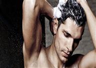 كل هذا الوقت ونحن نغسل الشعر بطريقة خاطئة!.. إليك الطريقة الصحيحة