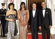 بالصور.. هذا ما تغير بإطلالات زوجة أوباما بين أول وآخر حفل رسمي للعشاء