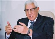 مكرم محمد أحمد: رئيس الوزراء أخبرنا بضرورة ضم الصناديق الخاصة للموازنة