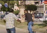 مذيع الحياة يطارد مواطن في الشارع
