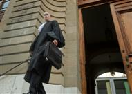 القضاء السويسري يدين رب عمل صرف عاملة بعد ارتدائها الحجاب