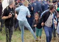 """المصورة الهنجارية """"معرقلة اللاجئيين"""" تفوز بجائزة صحفية"""