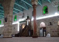 بالصور: المسجد الحنبلي الأثرى الذى تبارك بوجود شعرات النبى