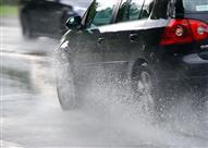 لمواجهة انزلاق السيارة في مياه الأمطار.. اتبع هذه النصائح