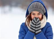 9 أسباب غير طقس الشتاء وراء برودة أصابع اليدين