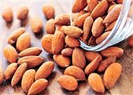 دراسة: 6 فوائد صحية لتناول اللوز