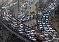 النشرة المرورية: كثافات بمحور الاوتوستراد بسبب إغلاق طريق الكريمات