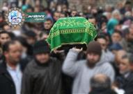 هل يتساوى الكل في أجر تشييع الجنازة؟
