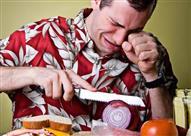 """7 نصائح لتجنب """"الدموع"""" أثناء تقطيع البصل"""