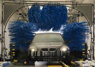 الغسل الآلي قد يلحق أضراراً بالسيارة