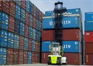 """""""الحاويات المهملة"""" صداع في رأس مسؤولي ميناء الإسكندرية (صور)"""