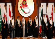 """في وجود """"تميم"""".. البحرين تمنع قناة الجزيرة من تغطية القمة الخليجية"""