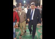 """بالصور.. """"العراقي"""" يؤدي صلاة الجنازة على شهيد """"انفجار الهرم"""""""