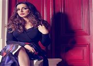 بالصور: أنغام تتحدى قرار ضبطها بالغناء في الكويت