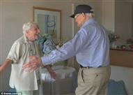 بعد 71 عاما.. محارب أمريكي يلتقى بمحبوبته الإنجليزية لأول مرة