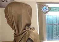 بالفيديو .. سيدة محجبة يريد زوجها أن تخلع الحجاب وإلا طلقها فماذا