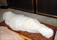 سيدة تعود للحياة بعد دفنها ثم تموت بعد نقلها للإنعاش بأسيوط
