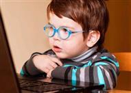 كيف تحمي طفلك من قصر النظر؟