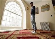 """البحوث الإسلامية: ترك """"البسملة"""" أو نسيانها لا يُبطل الصلاة"""