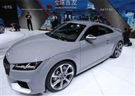 بالصور.. أودي TT RS تحبس الأنفاس في بكين الدولي للسيارات