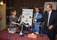 بالصور.. نجوم الفن في معرض الفنان الراحل نور الشريف
