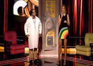 """بالفيديو- مذيعة """"The Comedy"""" تدخل في وصلة رقص على الهواء"""