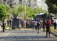 """وكالة """"الأناضول"""" : انفجار عبوة ناسفة في سيارة تقل عسكريين جنوبي تركيا"""