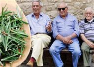 بالصور: قرية أغلب سكانها يعيش لـ 100 سنة.. إليك السبب!
