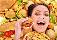 توقف عن تناول الأطعمة الغير صحية بتغيير هذه العادات السبع