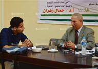 """جمال زهران: البرلمان جزء من """"الديكور العام"""".. والداخلية ارتكبت خطأ"""